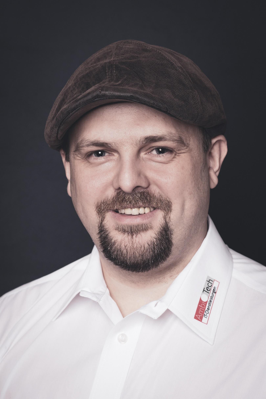 Peter Kobier, Spezialist Telefonie